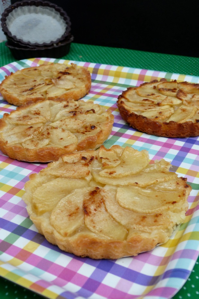 Tartaletes cremoses de poma